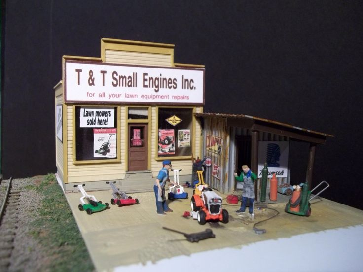 147 best images about ken 39 s ho scale model railroad photos for Small motor repair shop