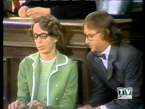 Carol Burnett -- Court Reporter - YouTube