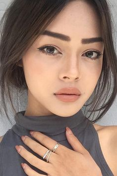 Perfect, full lips!
