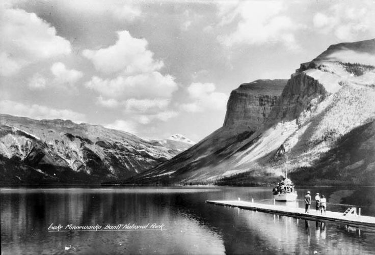 Lake Minnewanka, Banff National Park, Alberta / Le lac Minnewanka, dans le parc national Banff, en Alberta | by BiblioArchives / LibraryArchives