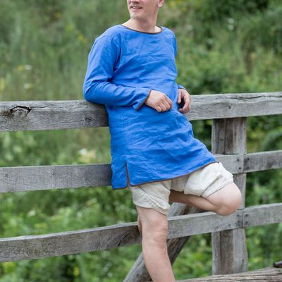 Medieval men's tunics for sale | Medieval period male tunics store Armstreet.com