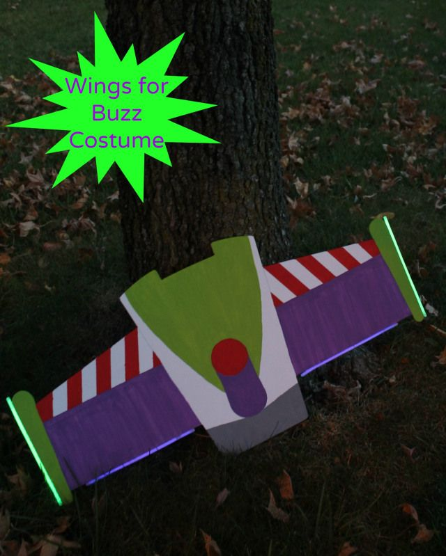 Make awesome wings for a great Buzz Lightyear Costume with foam board, paint and glowsticks.