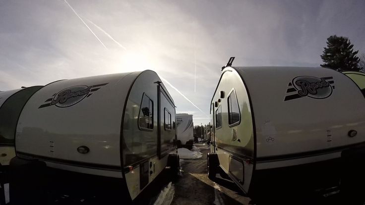 Here i walk through three rpod light weight travel trailers trying to decide what one might be a good fit for us. the rpod 176 or the rpod 179 or should we get the rpod 180. maybe we should look at several others as well.