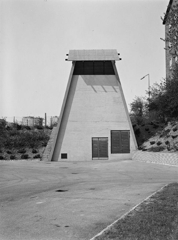 Gasregulatorstation, Bellahøj Fotografier for Hans Chr. Hansen - Kunstbib.dk