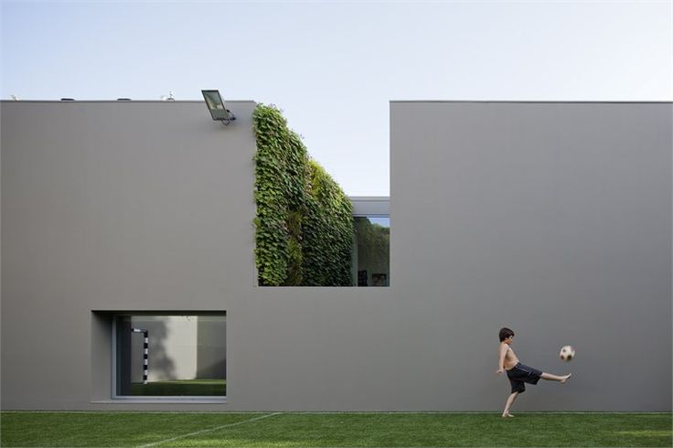 House in Quinta Patino, Estoril, 2012