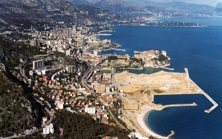 Monaco is home to more millionaires than any other place in the world, with over 2,000 calling the area home. It is obvious why this tiny city is one of the most luxurious destinations in the world. With 38,000 inhabitants squeezed onto a land mass in the South of France, [...]