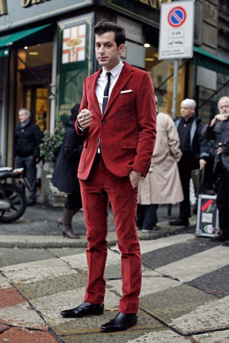 Mark Ronson in a beautiful red suit. Is that corduroy?  He's just one of the best at it right now. Hands down !