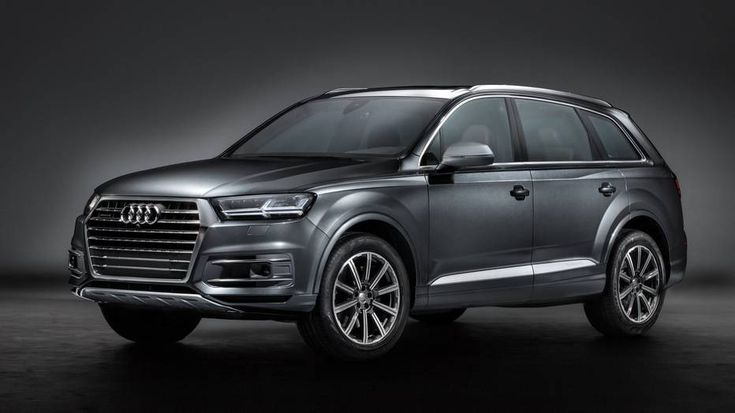 2017 Audi Q7 Features With Night Vision Assistance For Safer Driving http://www.thedigitalbridges.com/q7-audi-features-driver-safety/ #Night #Features