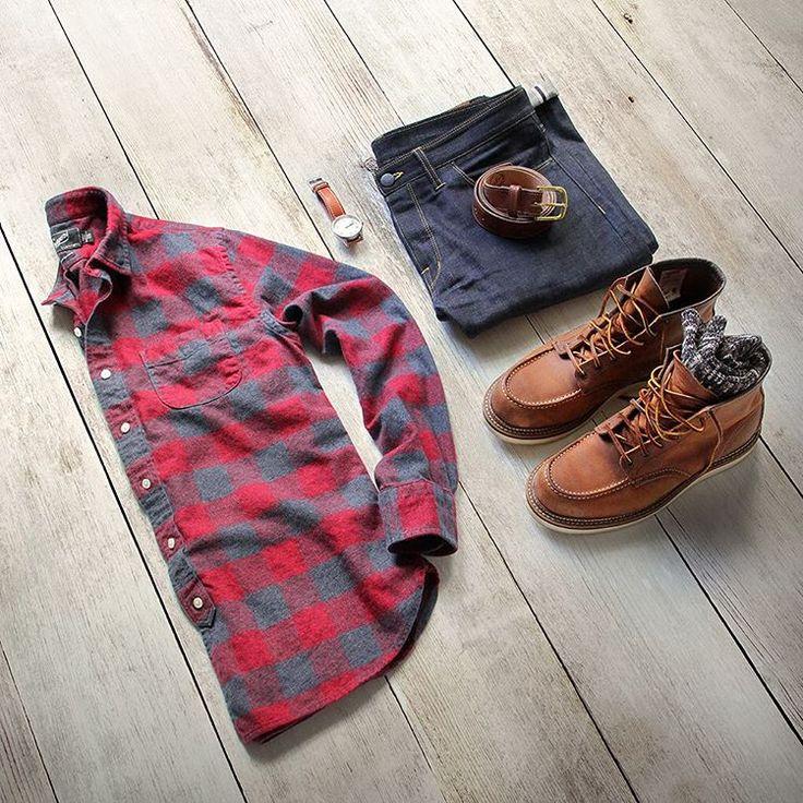 """Moments with my inner lumberjack.  Denim: @shockoe_atelier Slim Como Shirt: @grayers Jaspe Lux Flannel Belt: @rancourtco Boots: @redwingheritage 1907…"""