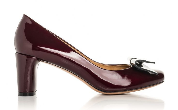 Baldowski F/W 2016/2017 #fashion #shoes  #fall #winter  #red #highheels #perfect #evening #heels