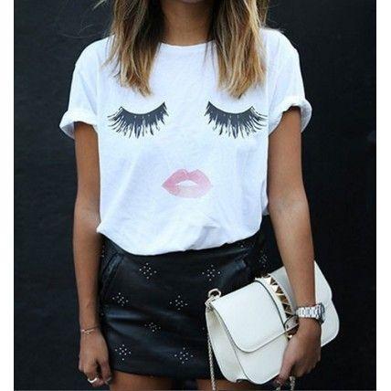 69$ Blusa T-shirt Estampada Manga Cílios Lips - Blusa Feminina
