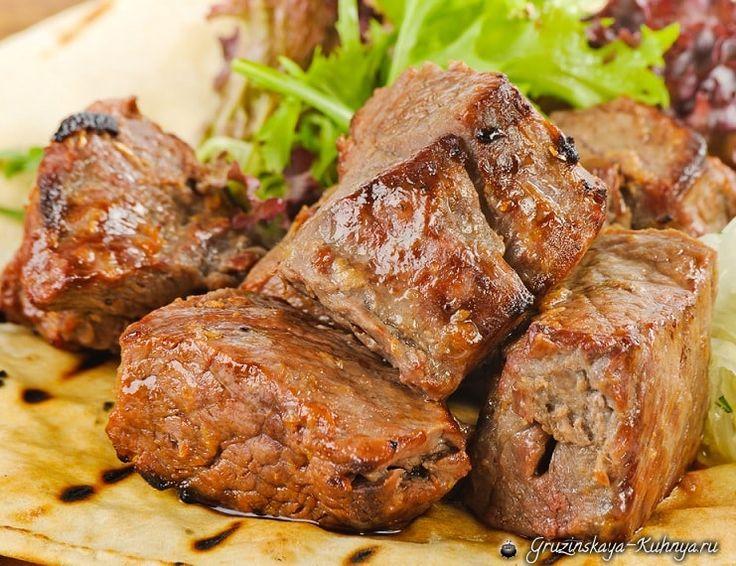 Секреты выбора мяса для шашлыка. Очень важно не ошибиться в выборе мясного продукта для шашлыка, удачная покупка мяса и половина дела сделано.