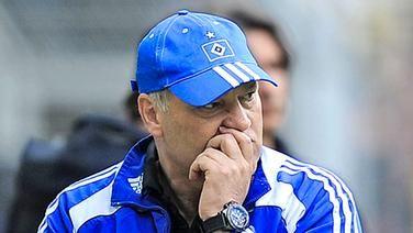 Ib 1. Juli 2008 übernimmt erneut ein Holländer das Ruder beim Nordclub.Martin Jolspielt mit dem HSV eine erfolgreiche erste Saison und zieht mit der Mannschaft ins Halbfinale von UEFA-Cup und DFB-Pokal ein. Überraschenderweise verlässt der beliebte Coach den Verein am 26. Mai 2009 und wird Trainer bei Ajax Amsterdam ; ... nur der HSV !!