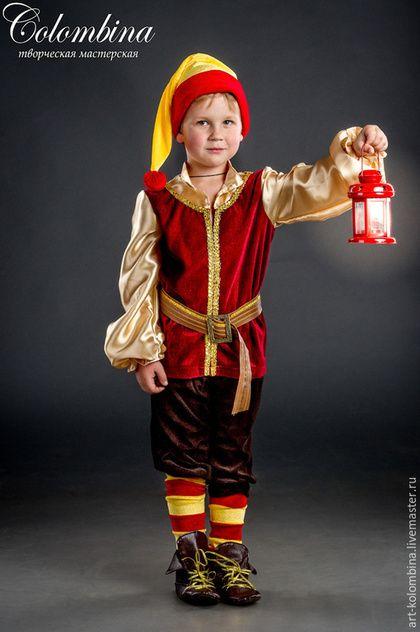 Купить или заказать Костюм гномика в интернет-магазине на Ярмарке Мастеров. Карнавальный костюм гномика для мальчика комплектация: туника, штанишки, колпак, пояс, гетры 134-146+300…