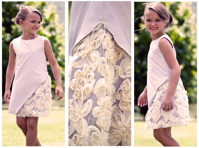 Yanı güpür detaylı Tafta Elbise ile minik hanımlar Bayramda da ilgi odağı olacaklar  http://www.lialea.com/asp/product/19/Tafta-Elbise