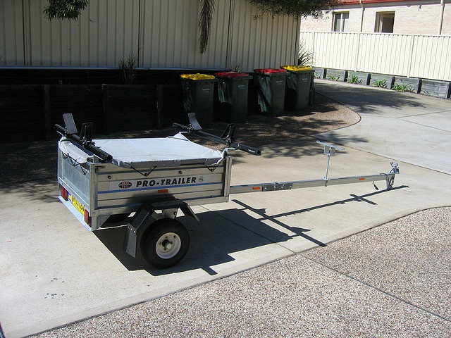 Aunger Trailer by fearnothing2002, via Flickr