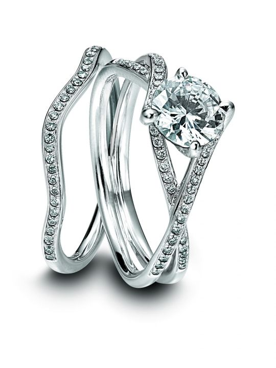 Great Simon G platinum and diamond engagement ring with matching wedding band