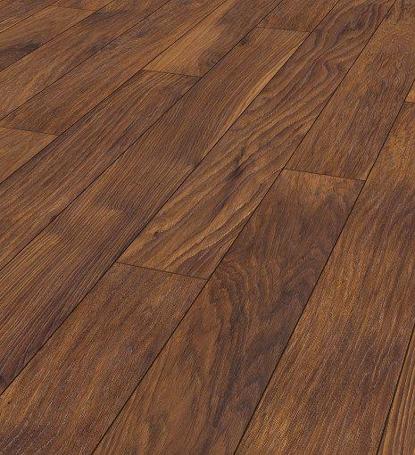 Laminate floor: Roble envejecido. 10 mm.