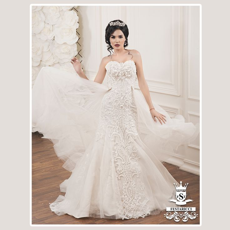 62 best Bridal Gowns & Wedding Dresses images on Pinterest | Bridal ...