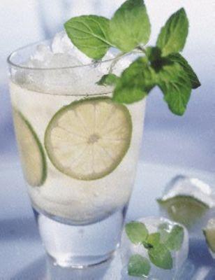 Limetten-Minz-Eistee Rezept
