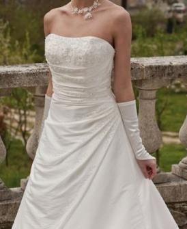 Location robe de mariée Point Mariage Diamante 2013 à Montpellier