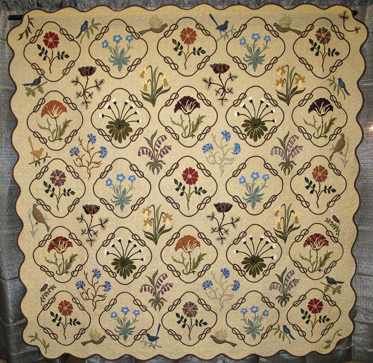 """""""William Morris in Applique"""" , quilted by Helen Rode, top made by Jan Graetzel, 2012 AAQG (Texas)"""