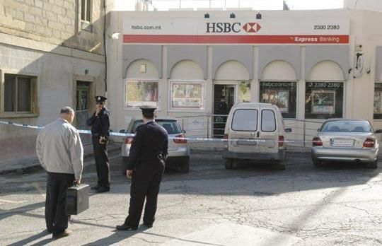 1 Million Stolen In Bank Hold Up Hold Ups Hold On Hsbc