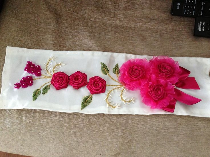 Flores Bordadas en cintas