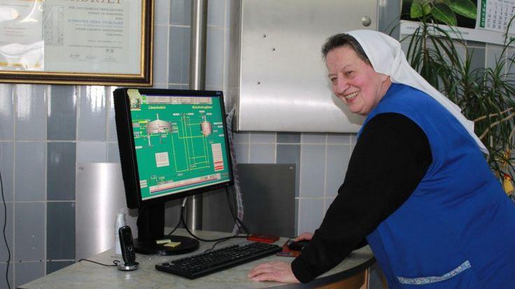 Die Letzte Klosterbrauerei Deutschlands: Schwester Doris ist deutschlandweit die einzige Ordensfrau, die noch selbst Bier braut. Am Reinheitsgebot gibt es für sie nichts zu rütteln.