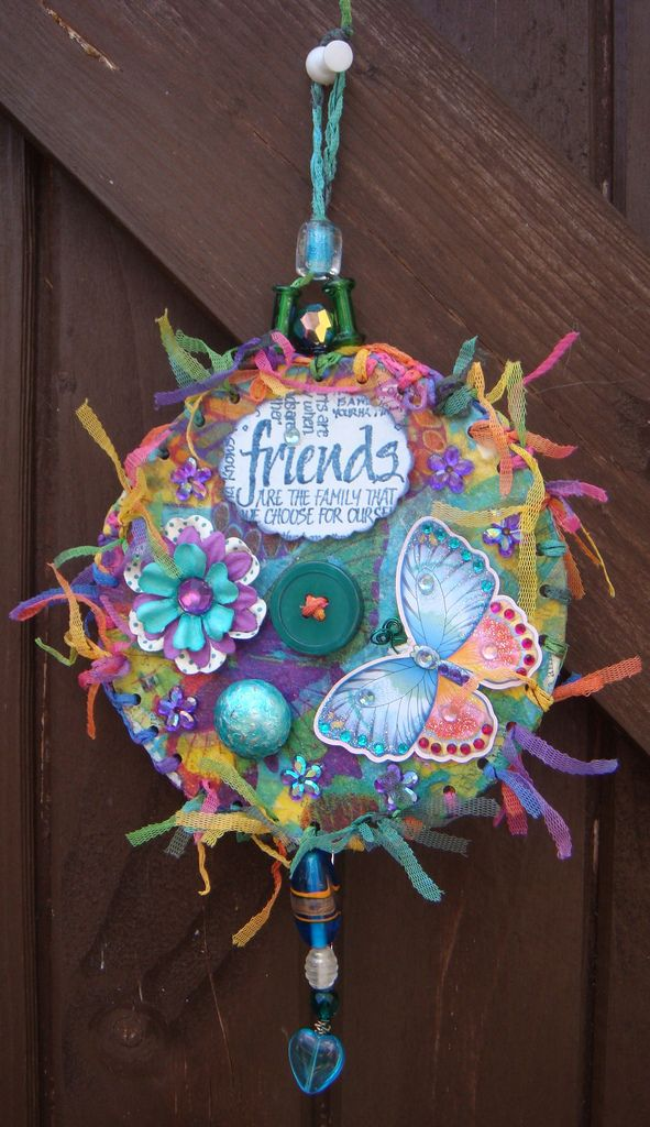 Best 25 recycled cd crafts ideas on pinterest cd art for Recycled crafts to sell