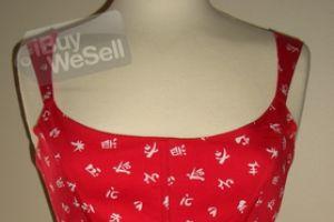 http://www.ibuywesell.com/en_AU/item/Red+bustier+Newcastle/62516/