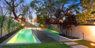 Ian Moore's dramatic architecture. Nelson St Annandale. pool and landscaping