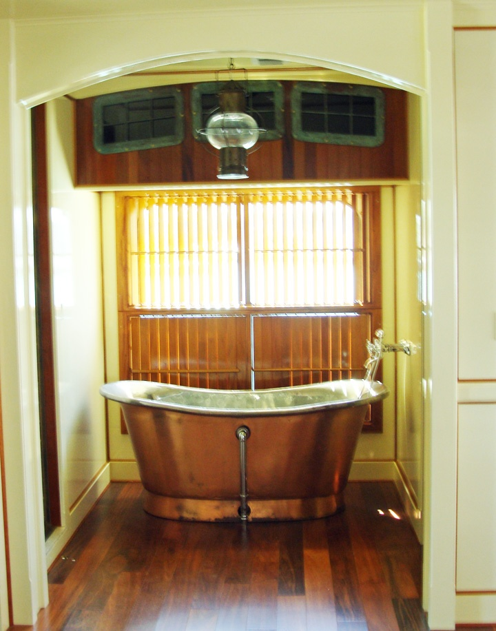 Beach and Nautical Themed Bathrooms  hgtvcom