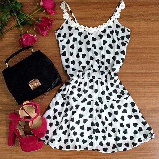 Aliexpress.com: Compre 2015 nova moda feminina verão vestidos brancos com padrão de coração preto o pescoço sem mangas casual mini vestido de confiança mulheres mais vestidos de verão tamanho fornecedores em High-end Fashion Women Clothing