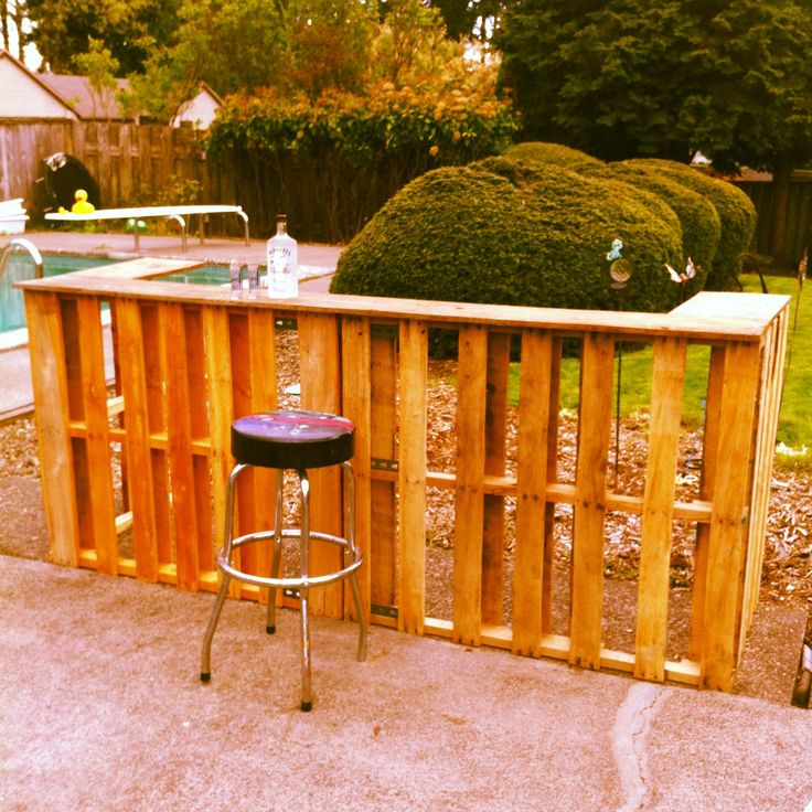 322 best images about pallets who 39 d thought it on for Diy balcony bar