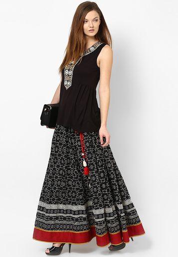 http://static14.jassets.com/p/Ritu-Kumar-Black-Printed-Lehengas-2303-733757-1-gallery2.jpg