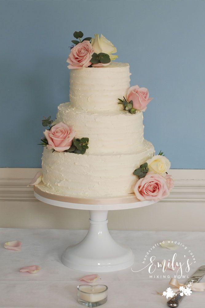 Simple Wedding Cake Design Buttercream : 1000+ ideas about Buttercream Wedding Cake on Pinterest ...