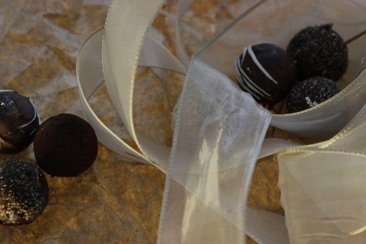 Çikolata en güzel hediyelerden... Sevgililer Günü hediyeleri, fikirleri; Valentines Day Gifts, Ideas, chocolate