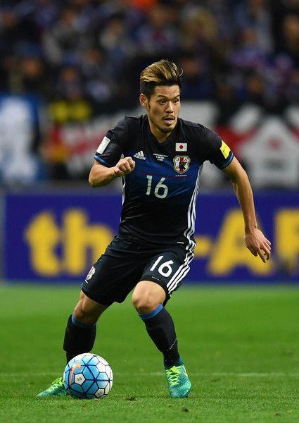 Hotaru Yamaguchi of Japan in action during the 2018 FIFA World Cup Qualifier match between Japan and Saudi Arabia at Saitama Stadium on November 15, 2016 in Saitama, Japan.