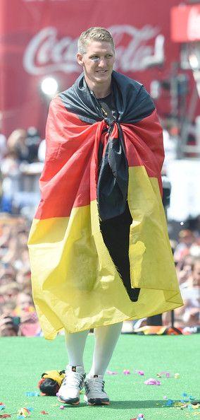 Bastian+Schweinsteiger+Germany+Victory+Celebration = Germany happy