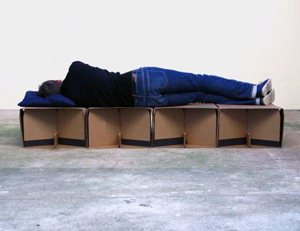 leafbed_02Cardboard Furniture, Cardboard Beds, Humanitarian Design, Leaf Supplies, Beds Frames, Cartons Cardboard, Cardboard Creations, Beds Design, Supplies Cardboard