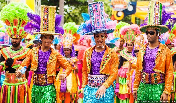 Карнавал в Доминикане в Санто-Доминго. (74 фото)