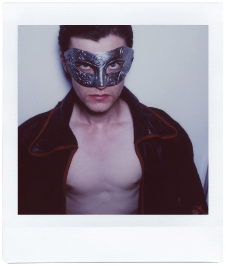 Give your creativity the edge! The Lomo'Instant Square is the first fully analogue camera to produce Instax Square pictures. Photo of Hector Moss by Russell Darling