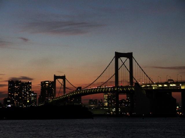 ODAIBA Rainbow bridge / Water front town of Tokyo Bay   http://www.mapple.net/photos/H0000159935.htm: Water Front, Rainbow Bridge, Rainbows Bridges, Tokyo Bays, Odaiba Rainbows, Kanto Area, Front Town