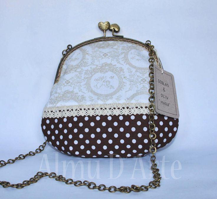 Bolsos hechos a mano, de estilo vintage, para vestidos de flamenca. Con boquilla metálica y cadena