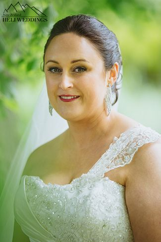 Wedding Photography, Wanaka Station ParkWedding Planned by Heli & Destination Weddings NZ Photography by http://www.larsson.co.nz
