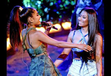 Ariana Grande and Nicki Minaj Sex Up the 2016 AMAs