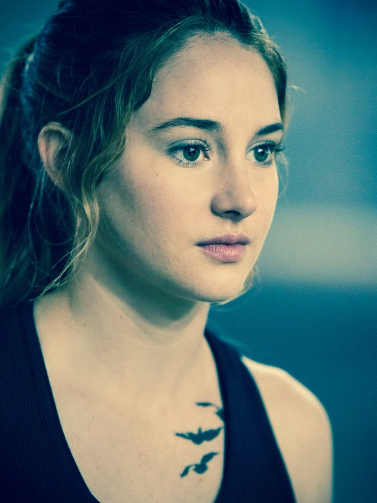 Cool bird tattoo from film divergent tattoo for Divergent tattoo tris
