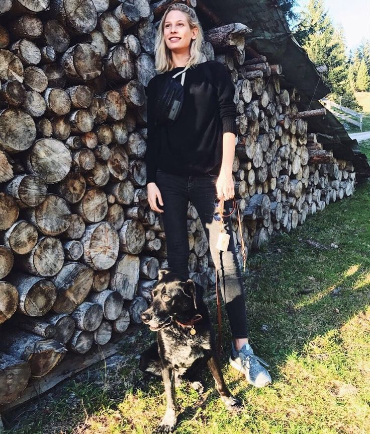 Sarah Brandner and her dog Paco #nature #friends