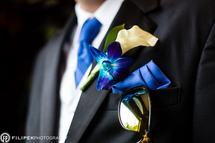 Blue accessories for the Groom